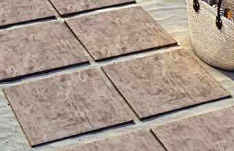 Raab Karcher Galabau Terralis Terrassenfliesen Helio aus Keramik