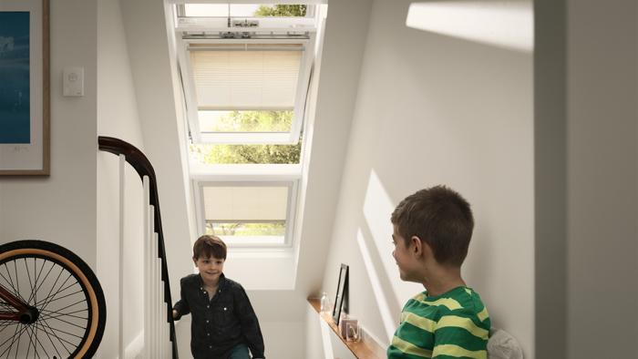 velux dachfenster fenster raab karcher. Black Bedroom Furniture Sets. Home Design Ideas