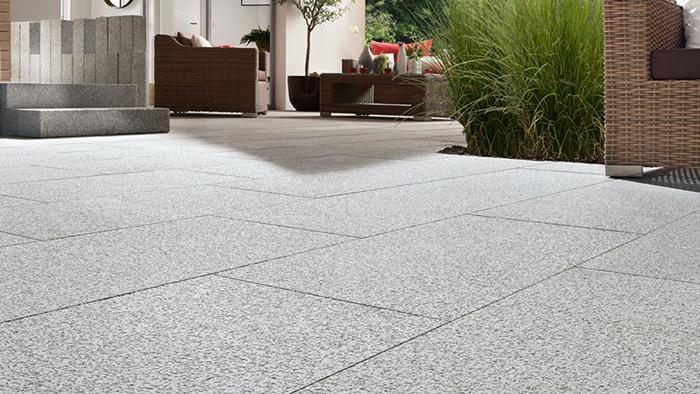 Naturstein Terrassenplatten In Bester Qualitat Raab Karcher